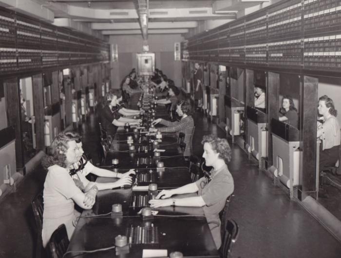 1943. Το τηλεφωνικό κέντρο του αμερικανικού χρηματιστηρίου.