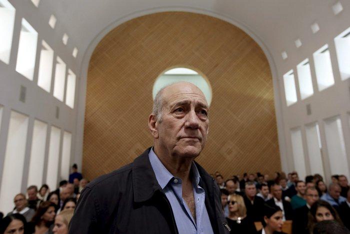 Στη φυλακή ο πρώην πρόεδρος του Ισραήλ Εχούντ Ολμέρτ