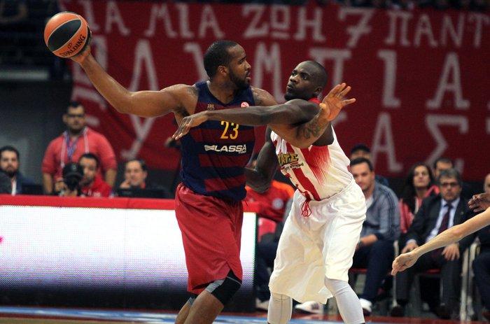 Ο Ολυμπιακός νίκησε 74-62 την Μπαρτσελόνα - εικόνα 3