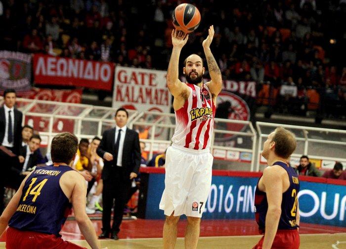Ο Ολυμπιακός νίκησε 74-62 την Μπαρτσελόνα - εικόνα 9