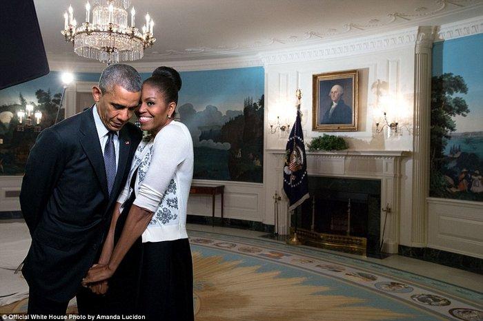 Τα πορτρέτα ενός Προέδρου: Οι καλύτερες στιγμές του Ομπάμα το 2015 - εικόνα 25