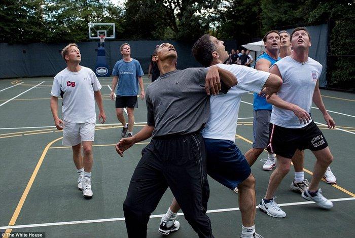 Τα πορτρέτα ενός Προέδρου: Οι καλύτερες στιγμές του Ομπάμα το 2015 - εικόνα 26