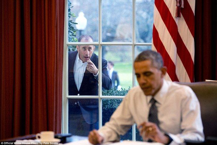 Τα πορτρέτα ενός Προέδρου: Οι καλύτερες στιγμές του Ομπάμα το 2015 - εικόνα 27