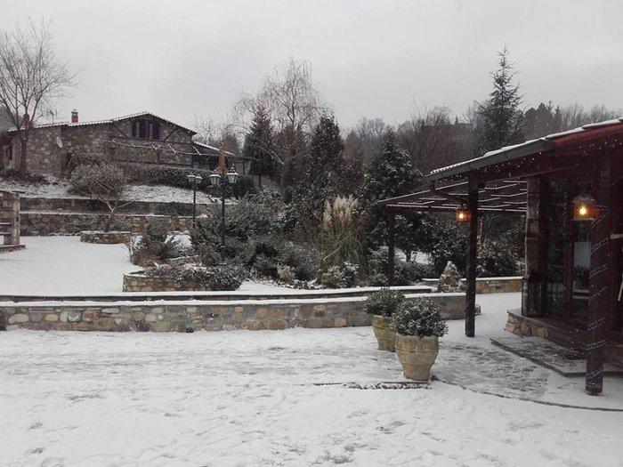 Στα λευκά η Ξάνθη - χιονίζει από το πρωί [φωτο - βίντεο] - εικόνα 3