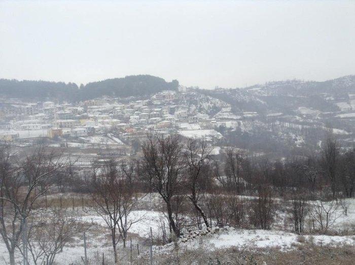 Στα λευκά η Ξάνθη - χιονίζει από το πρωί [φωτο - βίντεο] - εικόνα 5
