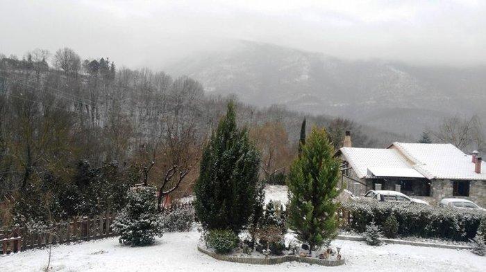 Στα λευκά η Ξάνθη - χιονίζει από το πρωί [φωτο - βίντεο] - εικόνα 6