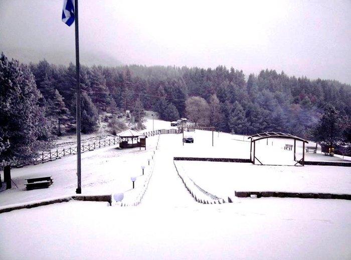 Στα λευκά η Ξάνθη - χιονίζει από το πρωί [φωτο - βίντεο] - εικόνα 8