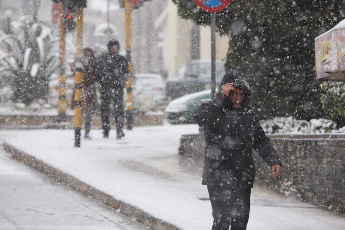 Στα λευκά η Ξάνθη - χιονίζει από το πρωί [φωτο - βίντεο] - εικόνα 12