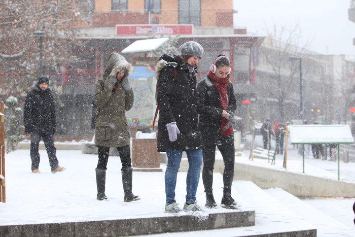 Στα λευκά η Ξάνθη - χιονίζει από το πρωί [φωτο - βίντεο] - εικόνα 14