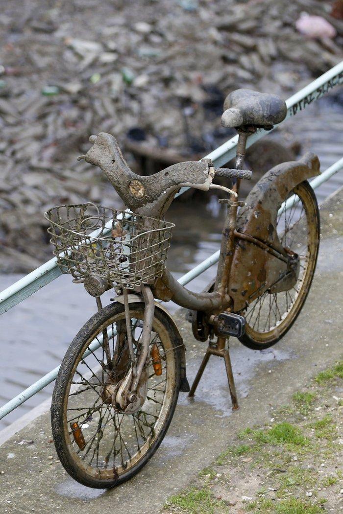 Δείτε τι βρήκαν δύτες στην κοίτη ποταμού στη Γαλλία - εικόνα 7