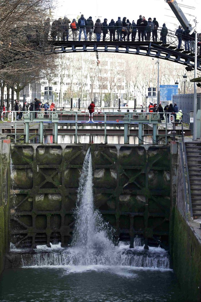 Δείτε τι βρήκαν δύτες στην κοίτη ποταμού στη Γαλλία - εικόνα 12