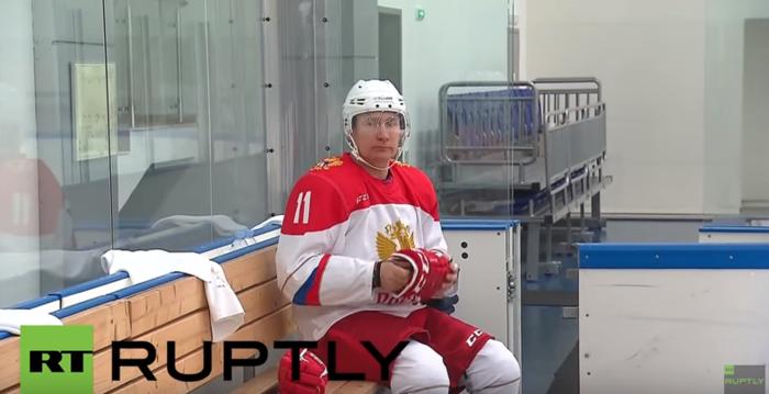 Στο χόκεϊ το έριξε ο ρώσος πρόεδρος Πούτιν- βίντεο - εικόνα 2