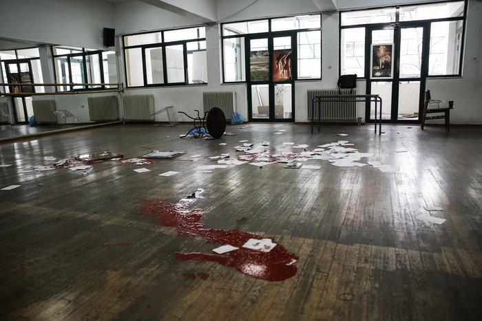 Εισβολή «Ρουβίκωνα» σε εκλογικό κέντρο της ΝΔ - εικόνα 2