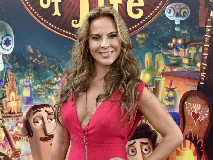 Αυτή είναι η καλλονή ηθοποιός που «πρόδωσε» τον Ελ Τσάπο - εικόνα 2