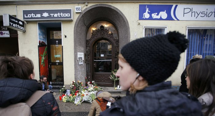 Λούλούδια & κεριά στα σπίτια του Μπάουι σε Βερολίνο - Λονδίνο- Ν.Υόρκη φωτό - εικόνα 7
