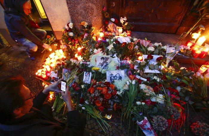 Λούλούδια & κεριά στα σπίτια του Μπάουι σε Βερολίνο - Λονδίνο- Ν.Υόρκη φωτό - εικόνα 23