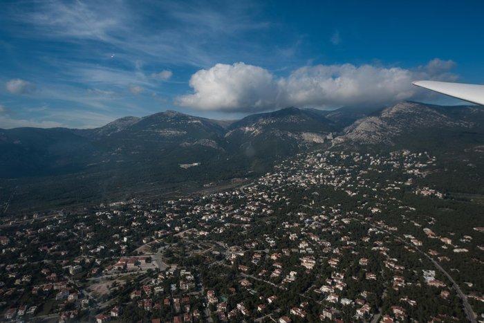 Εντυπωσιακές πτήσεις και εικόνες με ανεμόπτερα της ανεμολέσχης Αθηνών - εικόνα 8
