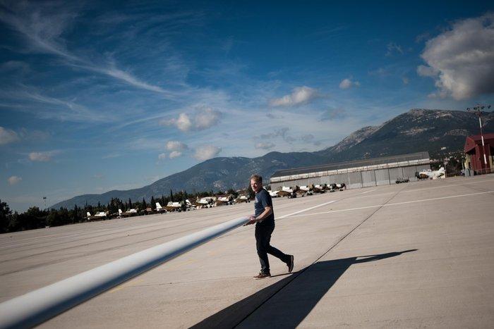 Εντυπωσιακές πτήσεις και εικόνες με ανεμόπτερα της ανεμολέσχης Αθηνών - εικόνα 5