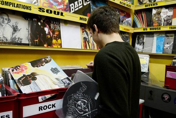Looking for vinyls @ Discobole, Athens.
