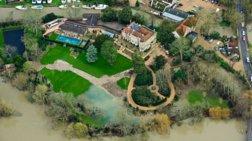 Πλημμύρισε το «παλάτι» του George Clooney στην Αγγλία