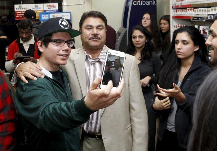 Σε Καλιφόρνια, Φλόριντα και Τενεσί οι τυχεροί του Powerball του 1,6 δισ.