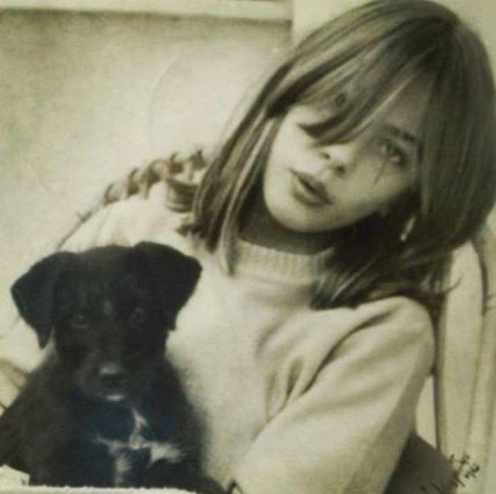 Δείτε πόσο κούκλα ήταν η Καρύδη στην εφηβεία της - Η φωτό που ανέβασε