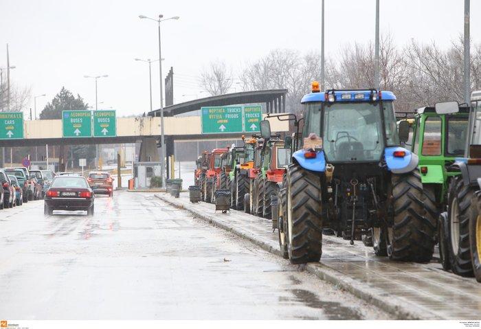 Κλείνουν την Τετάρτη τα Τέμπη οι αγρότες της Λάρισας