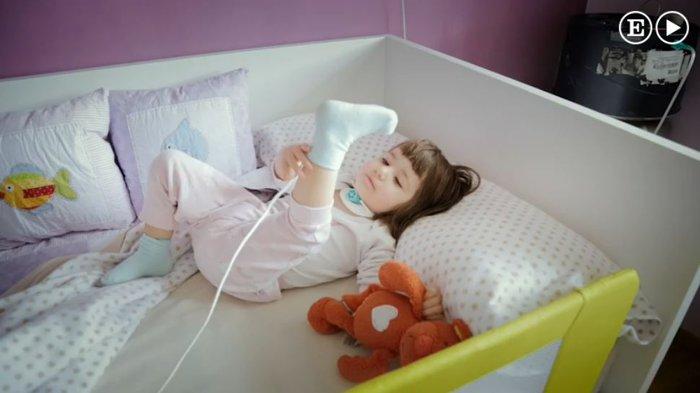 Η συγκλονιστική ιστορία του κοριτσιού που αν αποκοιμηθεί θα πεθάνει - εικόνα 3