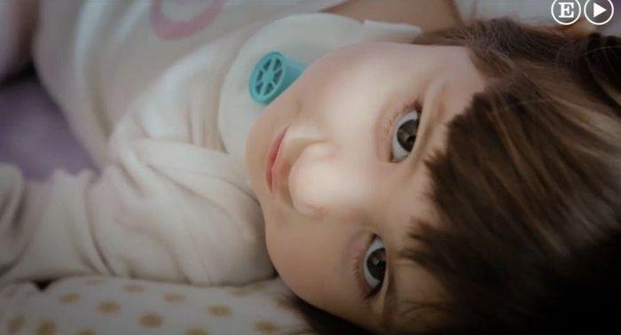 Η συγκλονιστική ιστορία του κοριτσιού που αν αποκοιμηθεί θα πεθάνει - εικόνα 6