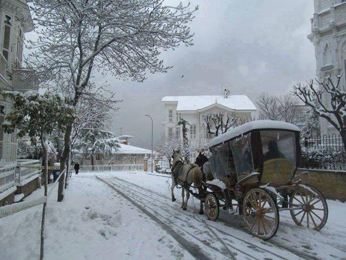 Η χιονισμένη Πρίγκηπος/ facebook/ Έλληνες στην Κωνσταντινούπολη