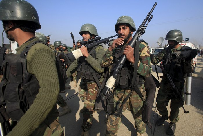 Oι Ταλιμπάν πίσω από το μακελειό στο πανεπιστήμιο στο Πακιστάν - εικόνα 9