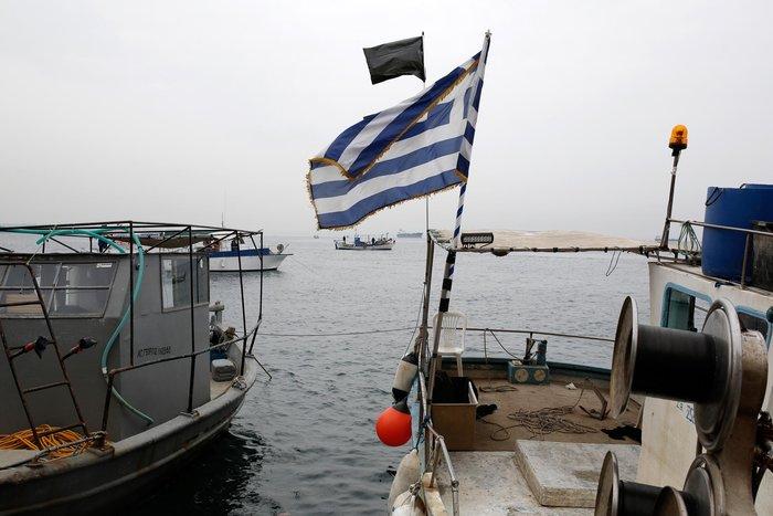 Τρακτέρ και καΐκια γέμισαν την παραλία Θεσσαλονίκης - εικόνες από το λιμάνι - εικόνα 11