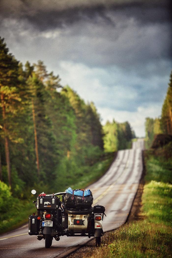 Έκαναν ταξίδι 28.000 χλμ. με το 4χρονο γιο τους για να γνωρίσει τον κόσμο - εικόνα 5