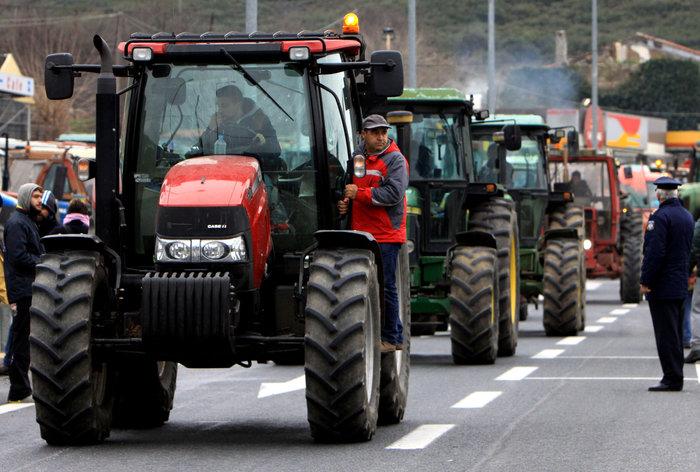 Σε πολιορκία η κυβέρνηση από αγρότες και επαγγελματίες - εικόνα 5