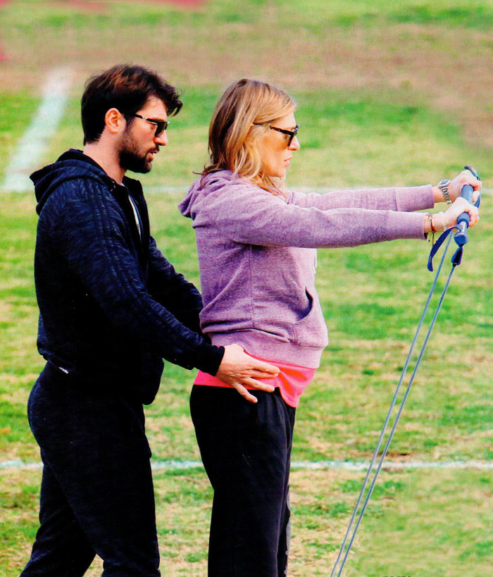 Εχετε δει άλλη έγκυο 8 μηνών να γυμνάζεται όπως η Ζέτα Δούκα; - εικόνα 2