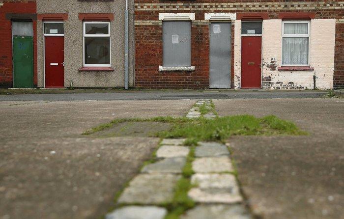 Βρετανία: Βάζουν τους πρόσφυγες σε σπίτια με κόκκινες πόρτες - εικόνα 2