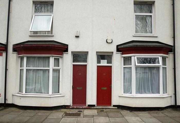 Βρετανία: Βάζουν τους πρόσφυγες σε σπίτια με κόκκινες πόρτες - εικόνα 5
