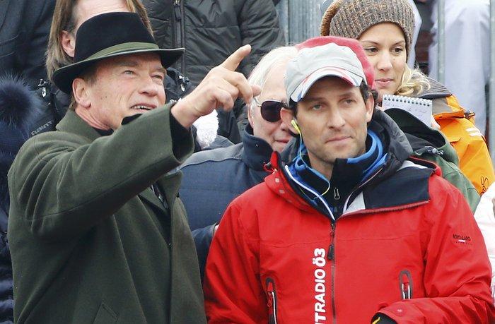 O Άρνι στο Παγκόσμιο Πρωτάθλημα Σκι με διάσημους φίλους [ΕΙΚΟΝΕΣ] - εικόνα 5