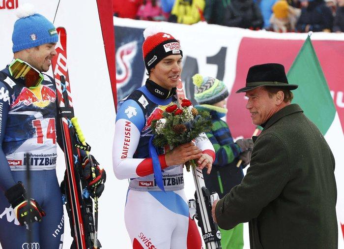 O Άρνι στο Παγκόσμιο Πρωτάθλημα Σκι με διάσημους φίλους [ΕΙΚΟΝΕΣ] - εικόνα 7