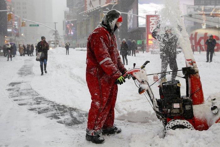 Ο «Snowzilla» χτύπησε την Ουάσιγκτον:Ιδού το αποτέλεσμα - εικόνα 12