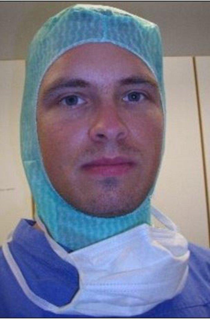 Γιατρός βίασε απήγαγε και φυλάκισε μια γυναίκα σε αυτοσχέδιο τούνελ