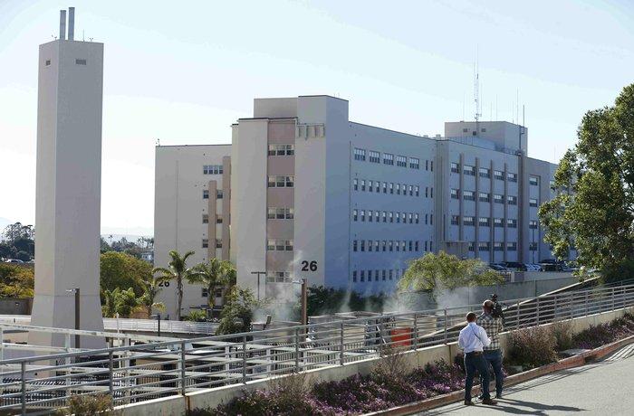 Πυροβολισμοί σε στρατιωτικό νοσοκομείο στην Καλιφόρνια - εικόνα 4
