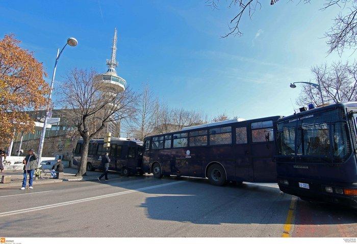 Ενταση στη Θεσσαλονίκη, άφαντος ο υπουργός Γεωργίας - εικόνα 2