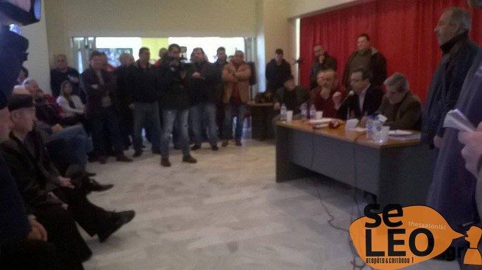 Μέλη του ΣΥΡΙΖΑ ήρθαν στα χέρια με οργισμένους αγρότες