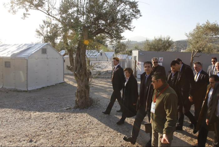 Μητσοτάκης: Οι κακοί χειρισμοί της κυβέρνησης επιδείνωσαν το προσφυγικό - εικόνα 4