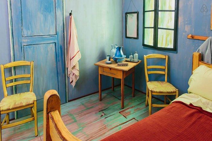 Εφτιαξαν αληθινό δωμάτιο - ρέπλικα διάσημου πίνακα του Βαν Γκογκ! - εικόνα 2