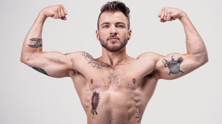 o-prwtos-transeksoual-andras-egine-ekswfullo-sto-gay-times