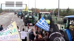Υποδοχή ηρώων για τους αγρότες στο μπλόκο της Νίκαιας