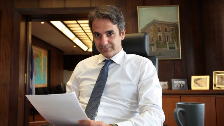 mitsotakis-se-merkel-giati-den-stirizw-ton-tsipra