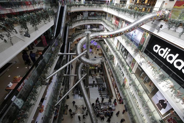 Τσουλήθρα - τέρας σε εμπορικό κέντρο της Σαγκάης - εικόνα 4